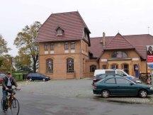 Bahnhofsgebäude Warnemünde (c) Frank Koebsch