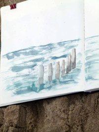 Blick in ein Skizzenbuch - Buhnen am Kühlungsborner Strand (c) Frank Koebsch (1)