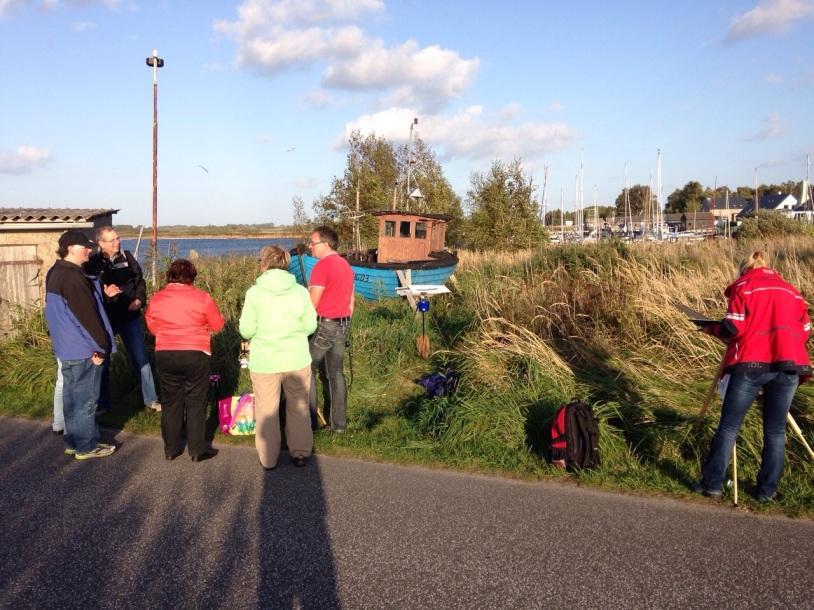 Zuschauer mein Malen im Hafen von Gager (c) Birgitt Bartelt (2)