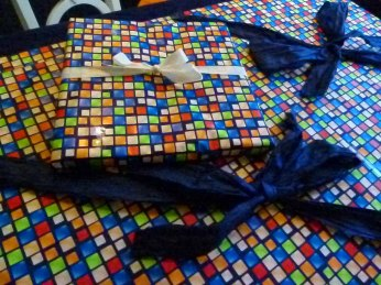 Geschenkverpackungen für Aquarelle (c) FRank Koebsch (2)
