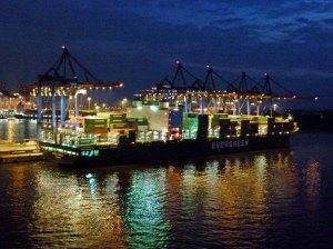 Hambuger Hafen bei Nacht (c) Frank Koebsch (1)