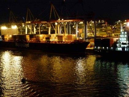Hambuger Hafen bei Nacht (c) Frank Koebsch (2)