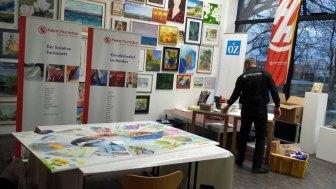 Aufräumen nach der Fertigstellung unseres Bildes - Rostock kreativ 2015