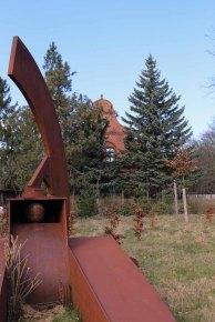 Skulptur - LIEGEND LIEBEND von Klaus Duschat © Frank Koebsch (3)