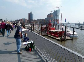 Malreise nach Hamburg - Malen an den Elbpromenaden beim Feuerschiff (c) Frank Koebsch (3)
