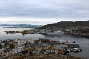 AIDA Luna im Hafen von Hammerfest (c) Frank Koebsch