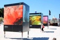 Fotowände am Strand von Zingst - Fotofestival Horizonte 2015 (c) Frank Koebsch (1)