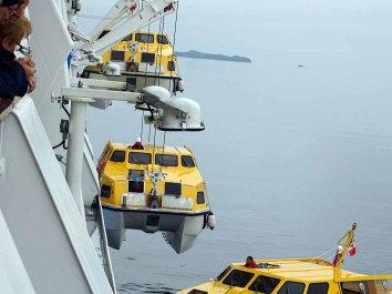 Tenderboote gehören zu jeder Kreuzfahrt (c) Hanka Koebsch