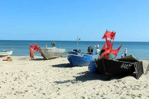 Fischerboote am Strand von Baabe (c) Frank Koebsch