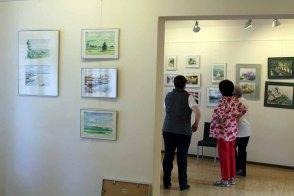 Hängen der Ausstellung Faszination Aquarelle (c) Frank Koebsch (4)