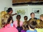 Kinder entdecken mit Frank Koebsch die Ausstellung (c) Sabine Prescher (4)