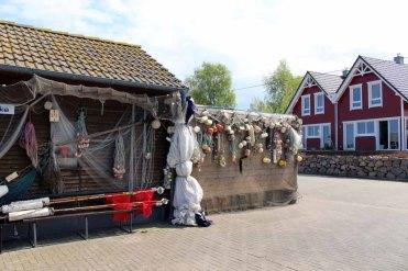 Hütten der Fischer im Hafen von Gager (c) FRank Koebsch