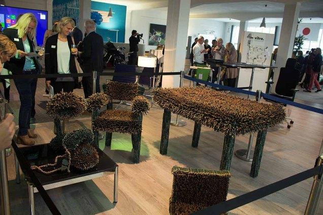 Arbeitszimmer aus 60 000 Bleistiften von Faber Castell der Künstlerin Kerstin Schulz (c) Frank Koebch (2)