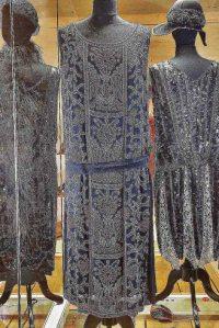 Gesellschaftskleid um 1927 – FriedhelmOtt © Modemuseum Schloss Meyenburg
