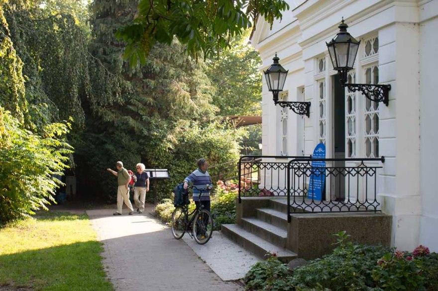 Rosenkaffee in Putbus (c) Frank Koebsch (2)
