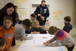 Kinder beim Malen in Groß Lüsewitz (c) Frank Koebsch (2)