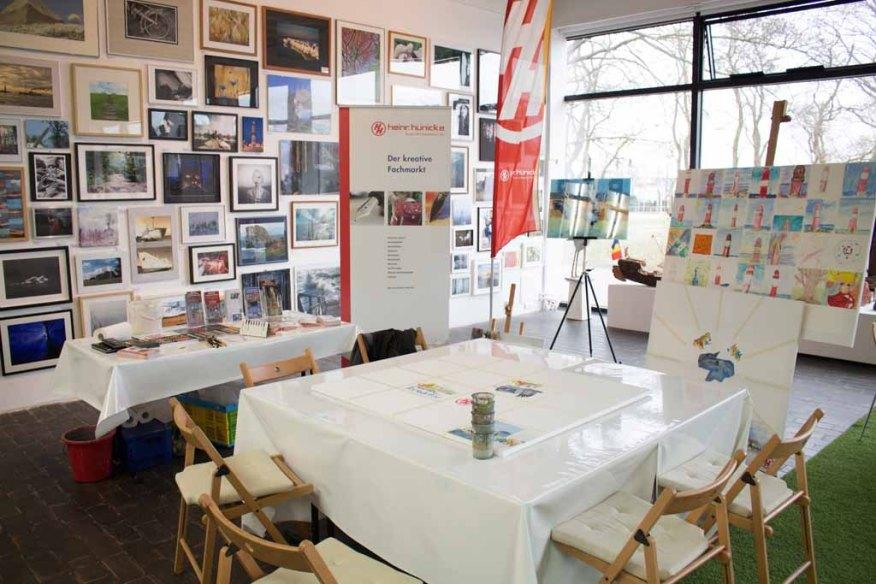 Ruhe vor dem Sturm beim Malen bei Rostock kreativ in der Kunsthalle Rostock (c) Frank Koebsch (2)