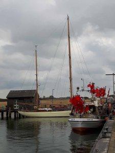 Boote und Schiffe im Hafen von Gager (c) FRank Koebsch