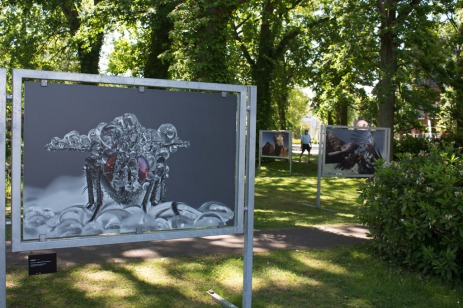 OpenAir Fotoschau auf dem Postplatz in Zingst (c) FRank Koebsch (1)