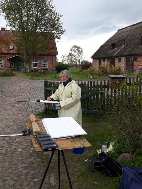 Malen bei der Dorfkirche in Groß Zicker (c) Frank Koebsch