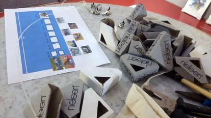 Vorbereitung für die Ausstellung unserer Aquarell im Zoo Rostock (c) Frank Koebsch (3)