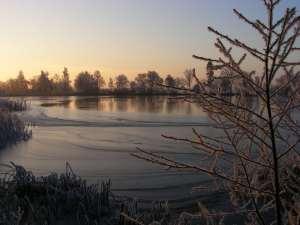 Eis auf dem Lüsewitzer See (c) FRank Koebsch