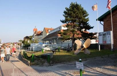 Promenade bei der Kunsthalle Kühlungsborn (c) FRank Koebsch (1)