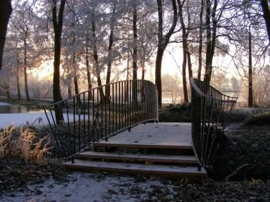 winterliche Brücke am Lüsewitzer See (c) Frank Koebsch (1)