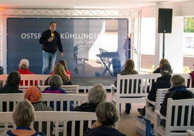 Frank Koebsch bei der Eröffnung des Plein Air Festivals in Kühlungsborn (c) Sonja Jannichsen (2)