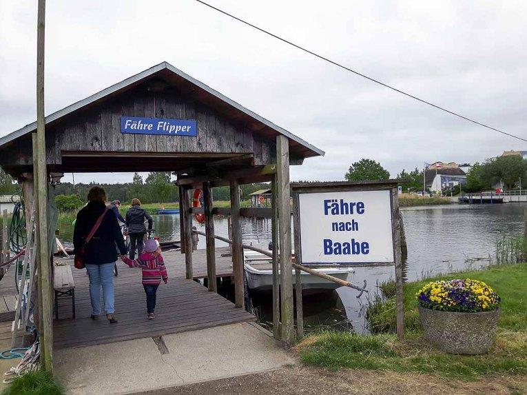 Fähre nach Baabe in Moritzdorf(c) FRank Koebsch