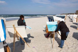 Freies Malen am Strand von Kühlungsborn im Rahmen des Plein Air Festivals (c) FRank Koebach (10)