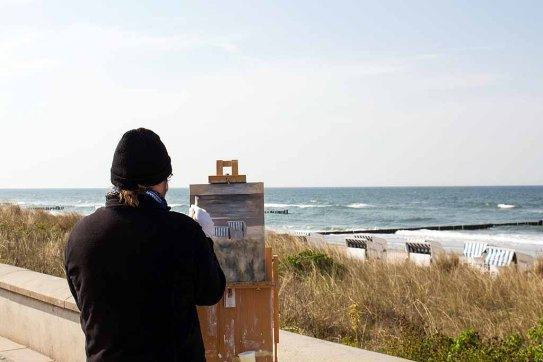 Freies Malen am Strand von Kühlungsborn im Rahmen des Plein Air Festivals (c) FRank Koebach (14)