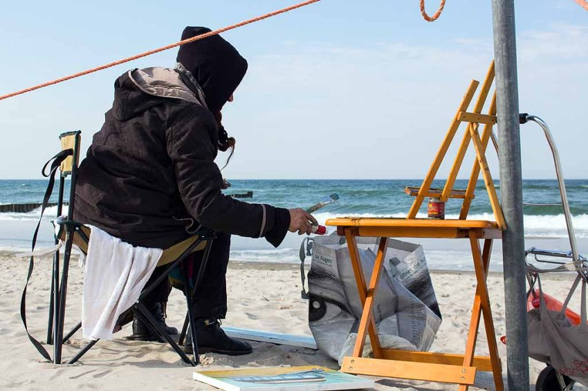 Freies Malen am Strand von Kühlungsborn im Rahmen des Plein Air Festivals (c) FRank Koebach (22)