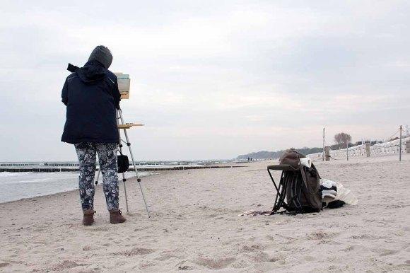 Freies Malen am Strand von Kühlungsborn im Rahmen des Plein Air Festivals (c) FRank Koebach (5)