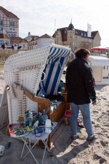Freies Malen am Strand von Kühlungsborn im Rahmen des Plein Air Festivals (c) FRank Koebach (9)
