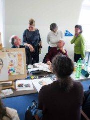 Karikaturisten und Aquarellmalen tauschen sich im Hafenhaus Kühlungsborn aus (c) FRank Koebsch (3)