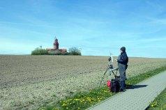 Plein Air Pastellmalerei am Leuchtturm Bastorf (c) FRank Koebsch (8)