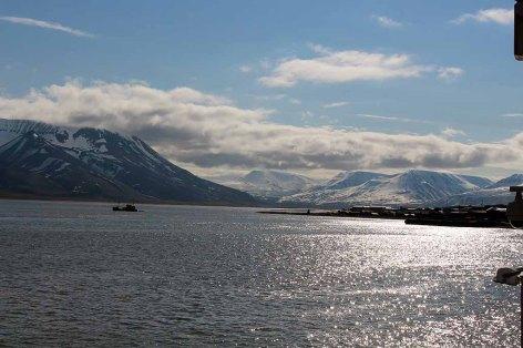 Artisches Meer vor Longyearbyen auf Spitzbergen © Frank Koebsch