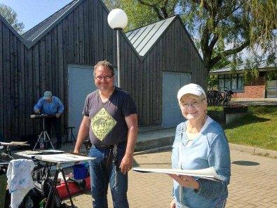 FRank Koebsch mit Malschülerin im Hafen Rerik - Mai 2017 (c) Kirsten Paulsen (2)