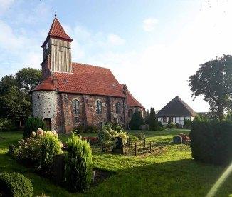 Kirche von Middelhagen (c) Frank Koebsch (3)