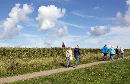 Wenn Engel reisen - Wunderbares Wetter auf dem Weg zum Leuchhturm Barstorf (c) FRank Koebsch
