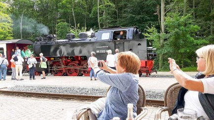 Pause auf dem Bahnhof von Heiligendamm (c) FRank Koebsch (2)