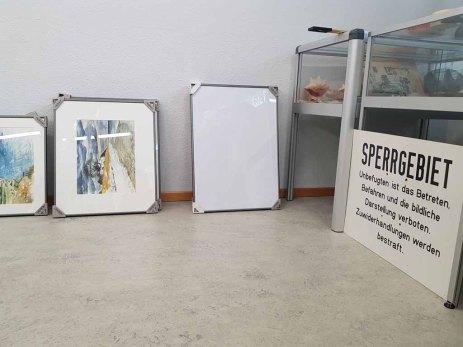Vorbereitungen für unsere Ausstellung im Heimatmuseum Graal Müritz (c) FRaank Koebsch (1)