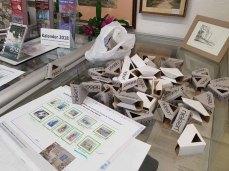 Vorbereitungen für unsere Ausstellung im Heimatmuseum Graal Müritz (c) FRaank Koebsch (4)