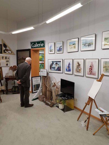 Besucher unserer Ausstellung im Heimatmuseum Graal Müritz (c) Frank Koebsch (1)