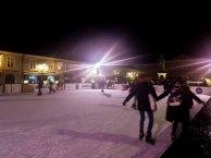 Eisbahn auf dem Salzburger Christkindlmarkt (c) Frank Koebsch