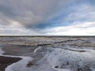 Winter mit Stürmische Ostsee am Strand von Ahrenshoop (c) Frank Koebsch (2)