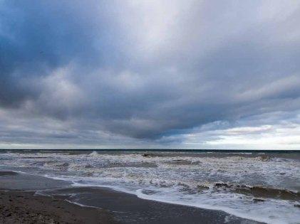 Winter mit Stürmische Ostsee am Strand von Ahrenshoop (c) Frank Koebsch (7)