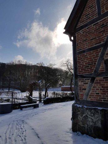Blick auf den Abteigarten bei Doberaner Kornhaus (c) Frank Koebsch