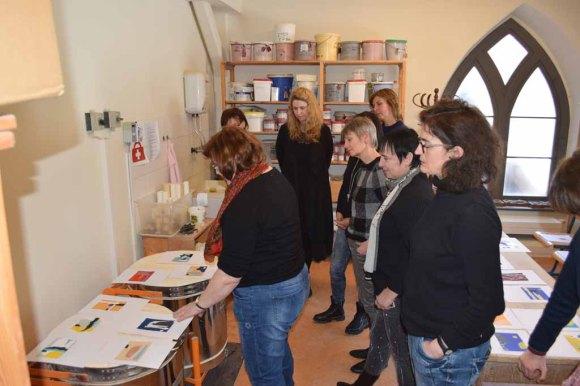 Workshop des BDK - Von der Collage zur Malerei mit Sylvia Dallmann (c) Ralf Manteufel (6)